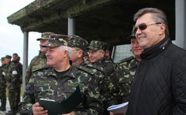 Будет ли комендантский час и военный переворот?