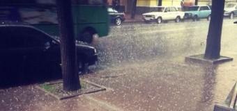 Сильнейший ливень превратил Харьков в «Маленькую Венецию». Видео