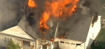 В США жилой дом взлетел на воздух. Видео