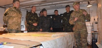 Порошенко объявил прекращение огня на неделю. Видео