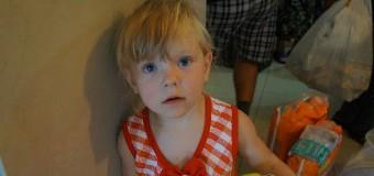 Эвакуированные из Красногоровки дети: «Там бахало сильно». Фото