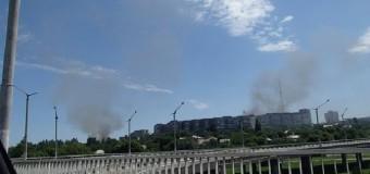 Луганск в огне: Город постоянно под артобстрелом. Фото