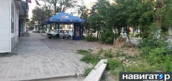 Горловка готовится стать Славянском: С прилавков исчез хлеб и широкий скотч. Фото