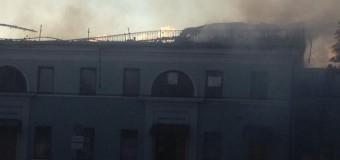 Полностью сгорел Донецкий железнодорожный вокзал. Видео