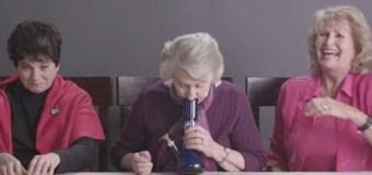 За 2 дня более 11 млн просмотров: бабушки впервые курят марихуану. Видео