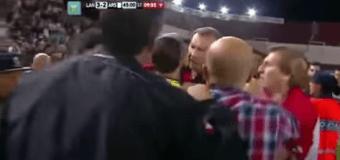 Суддейский скандал во время матча чемпионата Аргентины. Видео