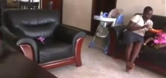 Жестокая угандская няня топтала ребенка. Видео