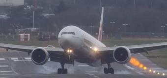 Самые экстремальные взлеты и посадки пассажирских самолетов в 2014 году собраны в один ролик. Видео