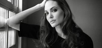 Анджелина Джоли попала в ДТП. Фото