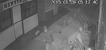Roshen опубликовала видео нападений на свои магазины в Киеве