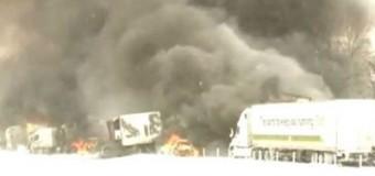 В США столкнулись почти 200 машин. Видео