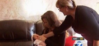 Редкое чудо: в США родился зубастый младенец. Фото