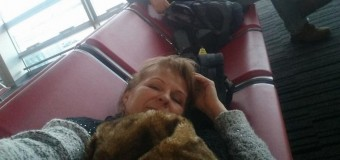 Пьяный польский депутат устроила скандал в аэропорту Харькова. Фото