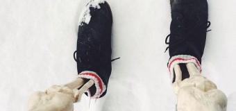 Шутник завелся в соцсети Instagram: скелет подшучивает над модницами. Фото