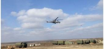Российское военное командование обустраивает капитальные полевые лагеря на границе с Украиной. Видео