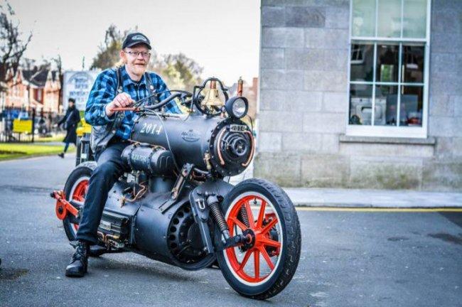 Создан единственный в мире паровой мотоцикл. Видео