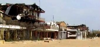 Возле моря в Широкино от элитного района остались одни руины. Видео