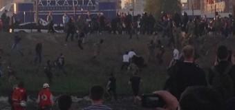 В Киеве начались столкновения возле метро «Осокорки». Видео