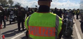 Немецкие полицейские преградили путь «Ночным волкам». Видео