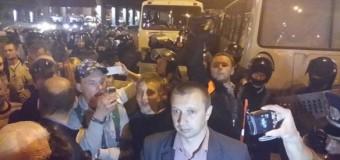 Во время протестов в Киеве пострадали 15 милиционеров. Видео