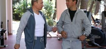 Тренировку Путина и Медведева высмеяли в соцсетях новыми фотожабами