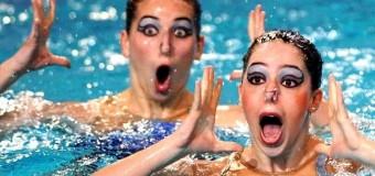 Соцсети «взорвали» смешные кадры синхронного плавания. Фото