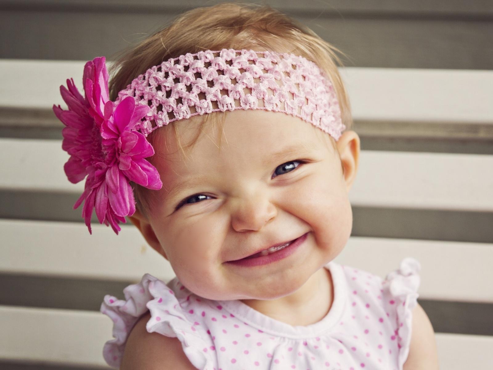 Фото малышка девушек 20 фотография
