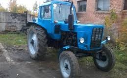 Россиянин пытался ограбить банкомат на тракторе. Фото