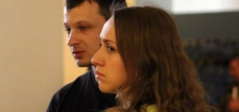 «Азов» вышел на пикет СБУ из-за задержания Станислава Краснова и Оксаны Шелест. Видео