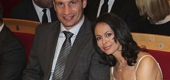 Жена Кличко дебютировала с клипом. Видео