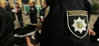 В Киеве мужчина бросил бомбу в детский магазин