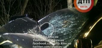 В Киеве после ДТП водитель бросил авто и сбежал. Фото