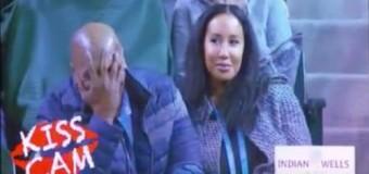 Тайсона смутил публичный поцелуй с женой. Видео