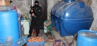Под Одессой раскрыли подпольный цех по изготовлению водки и сигарет. Фото