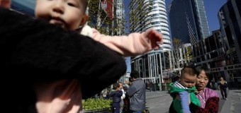 Китаец продал свою дочь, чтобы купить мотоцикл и iPhone