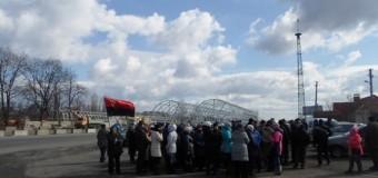 В Полтавской области сотрудники комбината перекрыли трассу международного значения. Фото