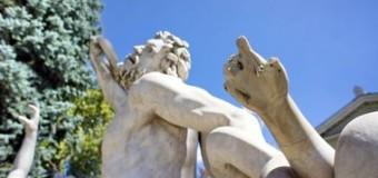 В Одессе вандалы уничтожают памятники