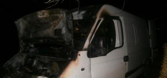 В Ровно сгорел автобус. Фото