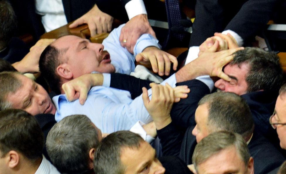 Сеть «взорвала» карикатура о работе депутатов. Фото
