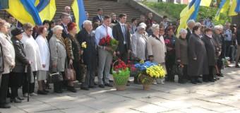 В Запорожье почтили память узников нацистских концлагерей. Фото