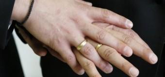 В Италии могут признать однополые союзы, но не разрешить браки