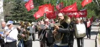 Хит сети: коммунисты-оккупанты похоронили «первомай» в Крыму. Видео