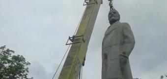 Одесса осталась без последнего Ленина. Фото