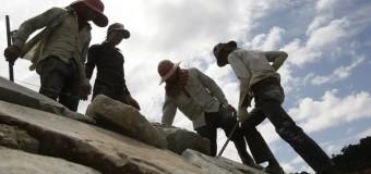 В Китае нашли скелет динозавра, которому более 100 млн лет. Фото