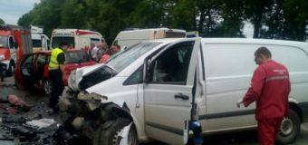 ДТП на трассе Киев-Чоп: погибли беременная женщина и ребенок. Фото