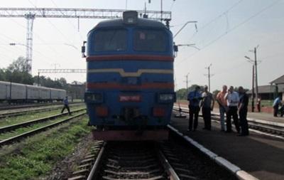 В Бердичеве человек бросился под поезд