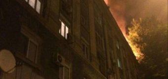 Пожар в Днепропетровске: патрульные на руках выносили людей. Фото