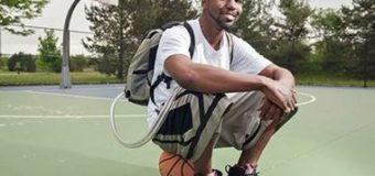 Парень 17 месяцев жил с рюкзаком вместо сердца