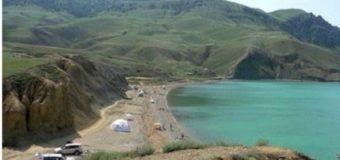 В сети смеются над «переполненными» крымскими пляжами. Фото