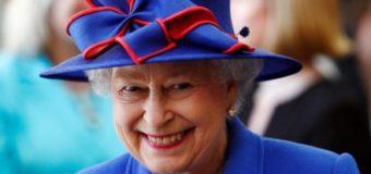 Елизавета II поблагодарила всех за поздравления с 90-летием в Twitter